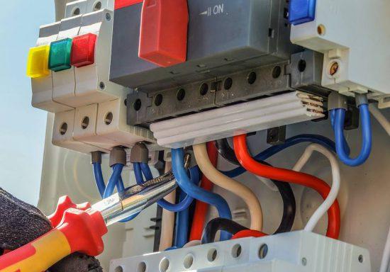 leistungen-kabel-innerhuber-elektrik
